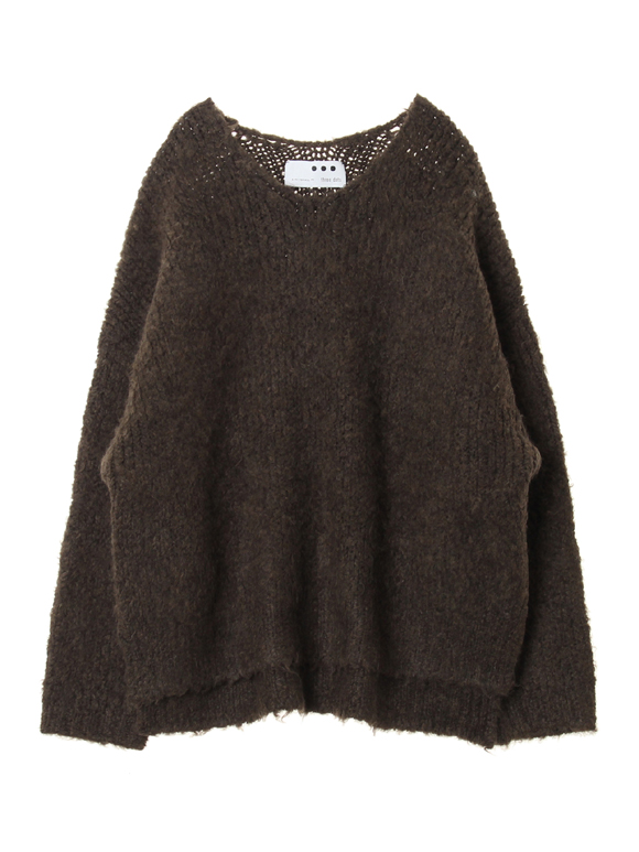 Airy boucle l/s v neck top